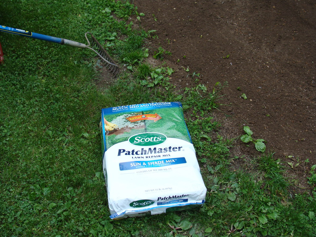 A 15 pound bag of Scott's PatchMaster